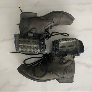 Steve Madden Fold Over Combat Boots - Size 6.5